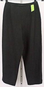 Petite Sophisticate X 22 Capri Without Pockets B299 Capri/Cropped Pants Black