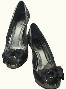 Coach 7m Black Charcoal Metallic Pumps
