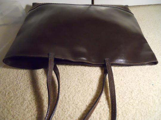Harold Powell Leather Tote in brown