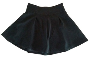 Express Pleated Classic Flattering Lined Skirt Black