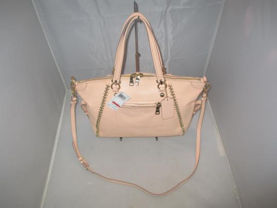 Coach Satchel in Light Apricot