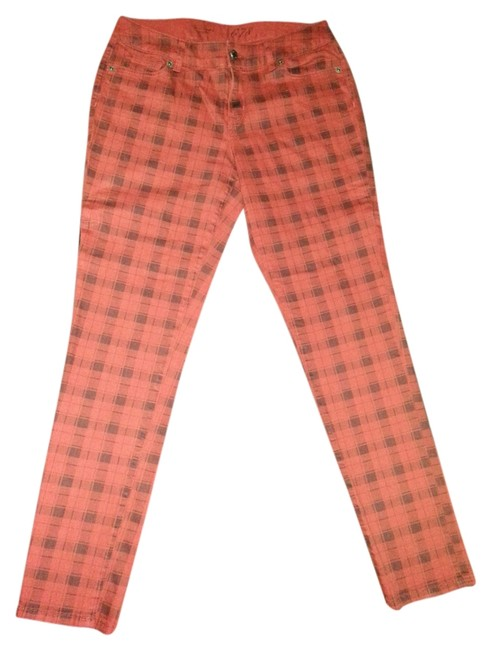 Preload https://img-static.tradesy.com/item/5837575/the-limited-red-and-black-plaid-cotton-skinny-jeans-size-33-10-m-0-0-650-650.jpg