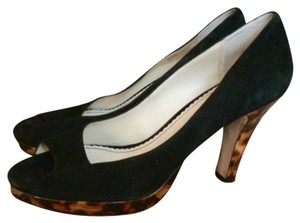 Martinez Valero Pumps