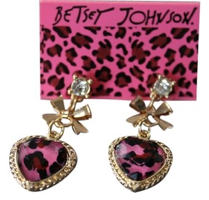 Betsey Johnson NEW Betsey Johnson Fashion Heart-Shaped Leopard Earrings