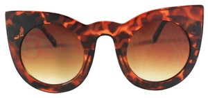 Vera Lyndon Veronica retro vintage cat eye sunglasses tortoise shell