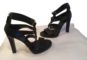 Gucci All Leather Gladiator Metal And Grommets Rectangle Heels E39.5 Black Sandals