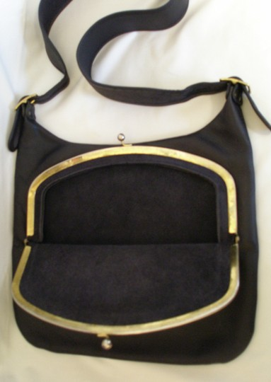 Coach Vintage Kisslock Leather Hobo Bag