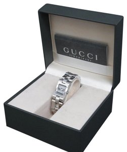 Gucci GUCCI 2305L Black Dial Ladie's Wrist Watch Quartz Stainless Silver Tone / 8a230