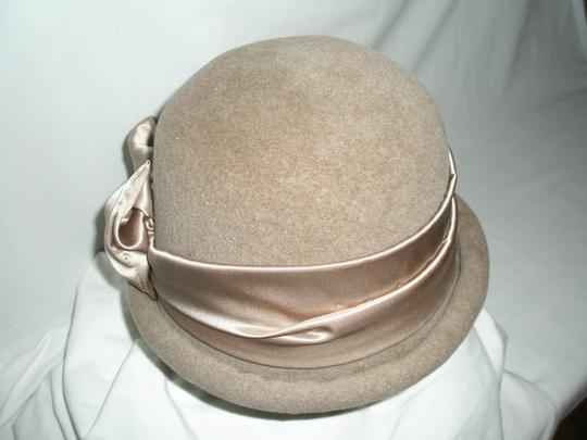 Welmoed Laanstra Vintage Wool-felt and Satin Cloche