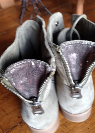 Guess sage Boots