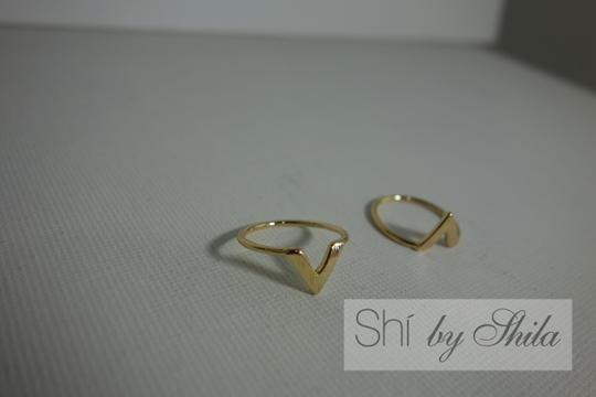 Other Chevron Knuckle Ring Image 3