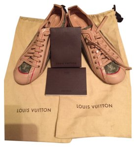 Louis Vuitton Sage/Green Athletic