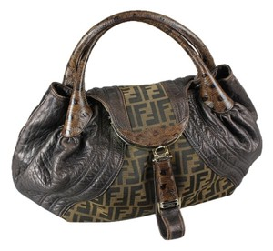 04a403b3cc52 Fendi Brown Bags - Up to 70% off at Tradesy