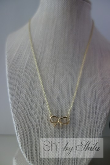 Other Bow Necklace