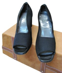 Stuart Weitzman Good Condition Size 7.50 Black Pumps