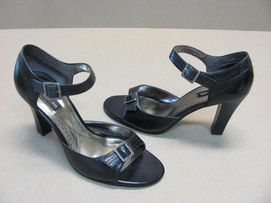 Style & Co Good Condition Size 7.50 M Black Sandals