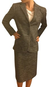 Theory Kiersten K Strategy/ RN98406 / CA39862 for the blazer and JOANIE K STRATEGY RN98406 / CA39862 for the skirt