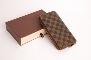 Louis Vuitton Louis Vuitton Zippy Wallet Damier Zip-Around Long Wallet