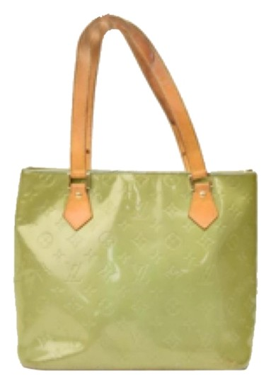 Preload https://item1.tradesy.com/images/authentic-louis-vuitton-tote-tote-bag-olive-5857480-0-0.jpg?width=440&height=440