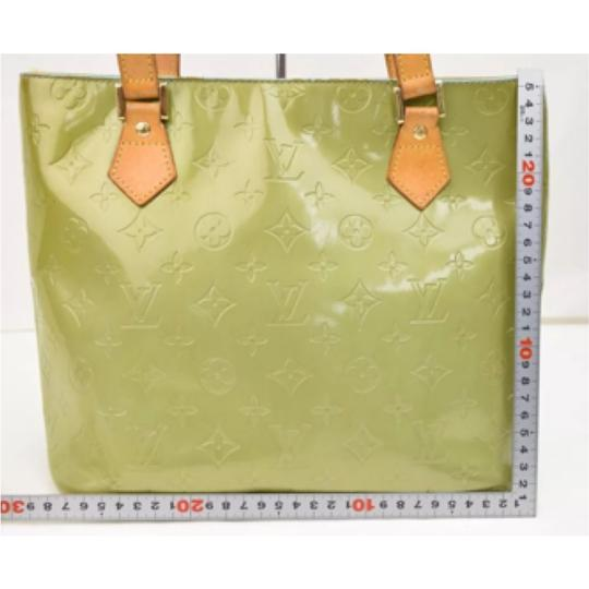 Authentic Louis Vuitton tote Tote in Olive