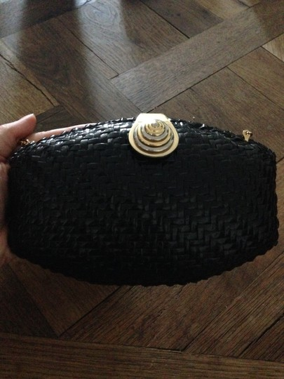 Rodo Made In Italy Rattan Wicker Case Handbag Purse Shell Round Round Snap Magnetic Straw Black Clutch