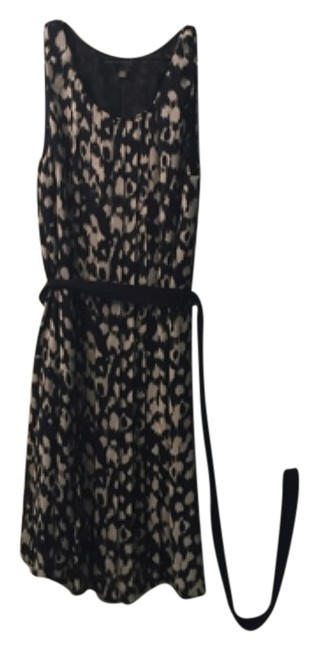 Preload https://item1.tradesy.com/images/gap-navy-and-cream-print-above-knee-workoffice-dress-size-6-s-5859130-0-0.jpg?width=400&height=650