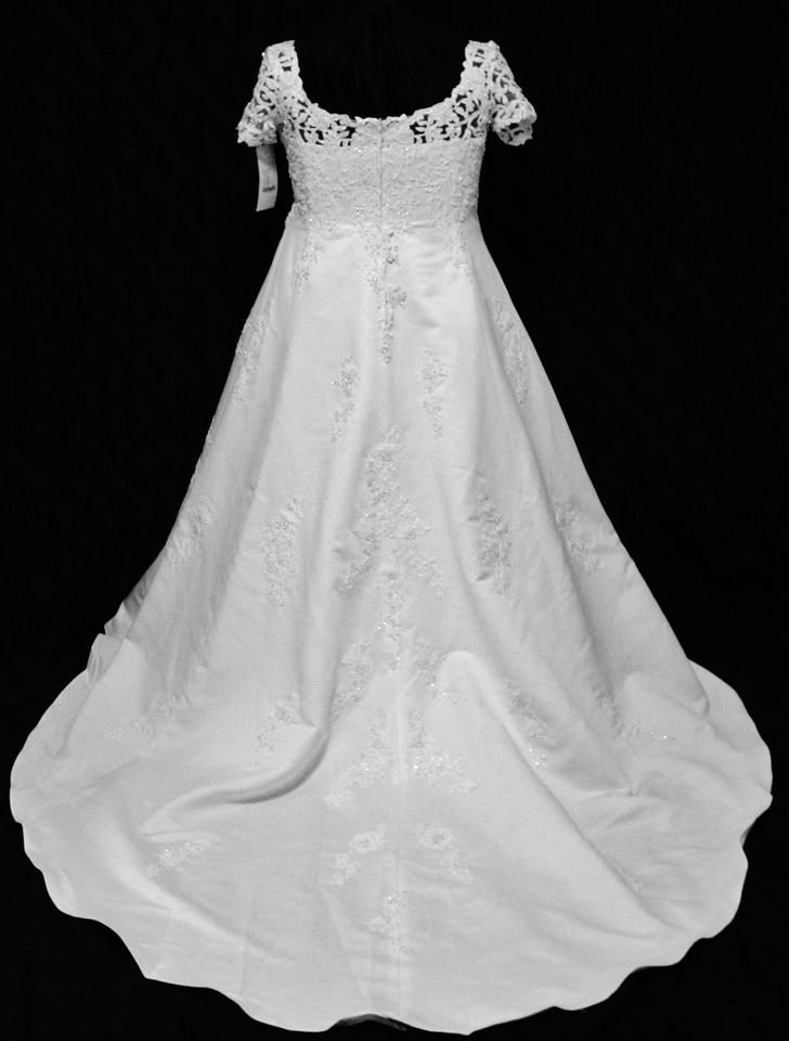 Forever yours international 48105 free shipping wedding for Forever yours international wedding dresses