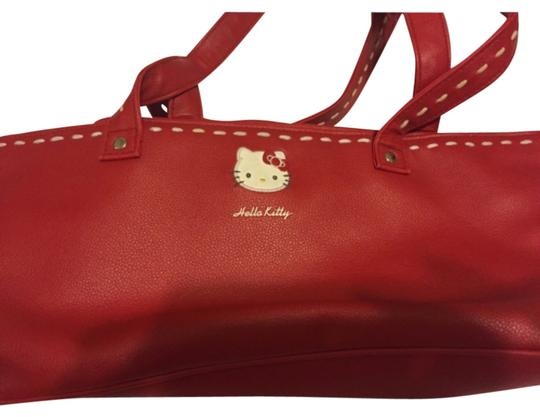 Preload https://item4.tradesy.com/images/hello-kitty-tote-bag-5861188-0-0.jpg?width=440&height=440