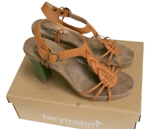 Farylrobin Tan Sandals