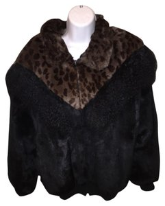 Merrick Furs Fur Coat
