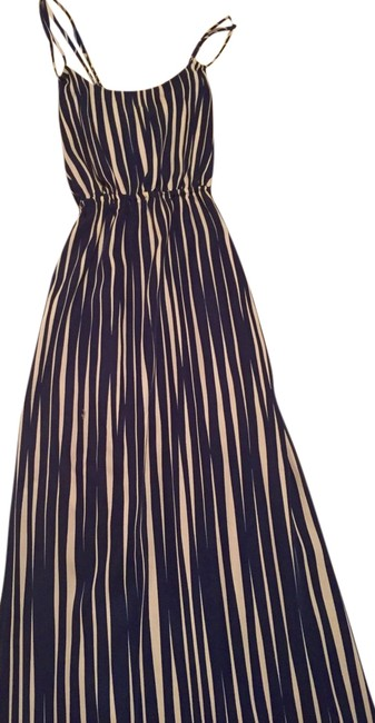 Navy and white Maxi Dress by Banana Republic Patio Maxi Summer Crisscross Easy Beach