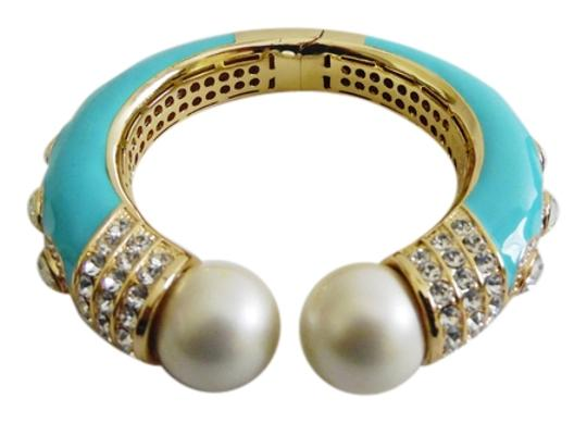 Preload https://item3.tradesy.com/images/joan-boyce-turquoise-elegantly-enameled-simulated-pearl-enamel-hinged-cuff-size-sm-fits-6-34-inch-wr-5865442-0-0.jpg?width=440&height=440