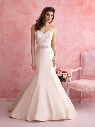 Preload https://img-static.tradesy.com/item/5865775/allure-bridals-ivory-taffeta-2803-sexy-wedding-dress-size-10-m-0-0-540-540.jpg