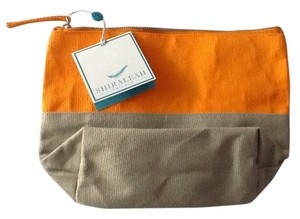 Shiraleah (Chicago) Beige and Orange Travel Bag