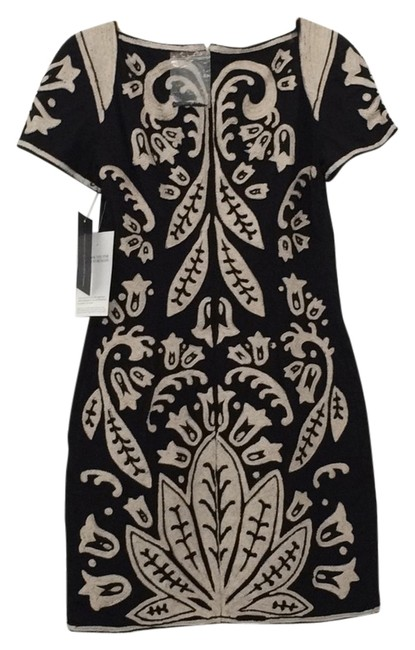 Preload https://item5.tradesy.com/images/french-connection-navy-ivory-above-knee-cocktail-dress-size-0-xs-5866969-0-1.jpg?width=400&height=650