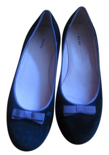 Marc Jacobs Casual Or Formal With Purple Ribbon black velvet Flats
