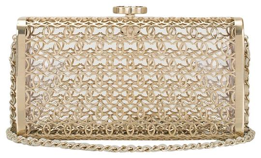 Preload https://item5.tradesy.com/images/chanel-cc-limited-clutch-5867764-0-0.jpg?width=440&height=440