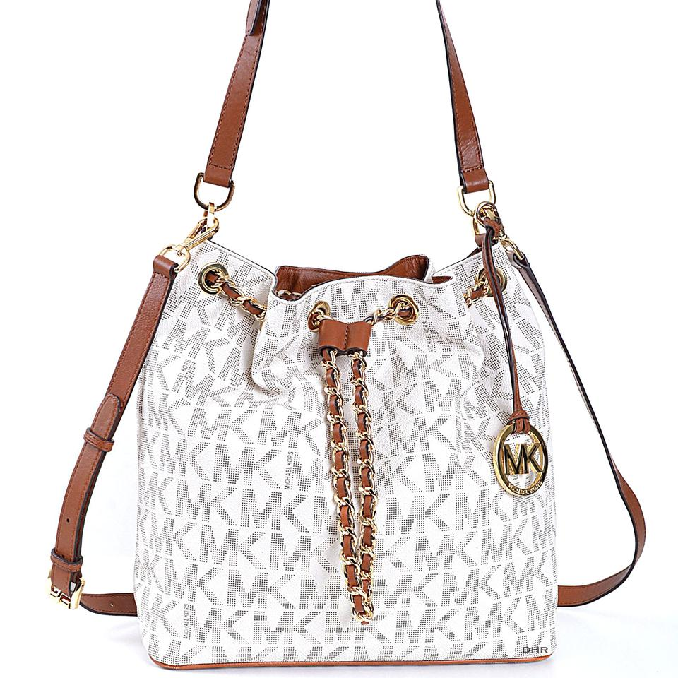 7153552a9f80 Michael Kors 30h4gfkl3b Jules Logo Ivory Off White Winter Cross Body Bag  Image 0 ...