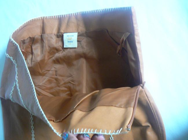 Gap Leather Color: Size: 6 Lining: Polyester Side Zipper Skirt Camel Image 3
