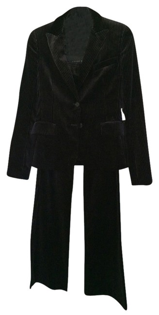 Preload https://item4.tradesy.com/images/theory-black-pant-suit-size-6-s-5869903-0-1.jpg?width=400&height=650