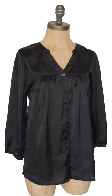 Preload https://item1.tradesy.com/images/h-and-m-black-blouse-size-2-xs-5870110-0-1.jpg?width=400&height=650