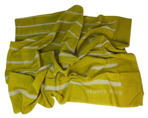Hermès Brilliant Yellow Logo, Extra Large Scarf/Wrap 70