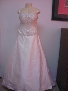 Alfred Angelo 422 Wedding Dress