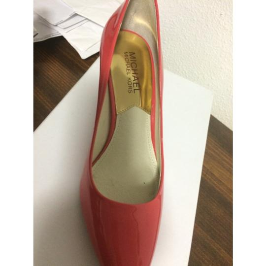 Michael Kors Orange/ pink Pumps