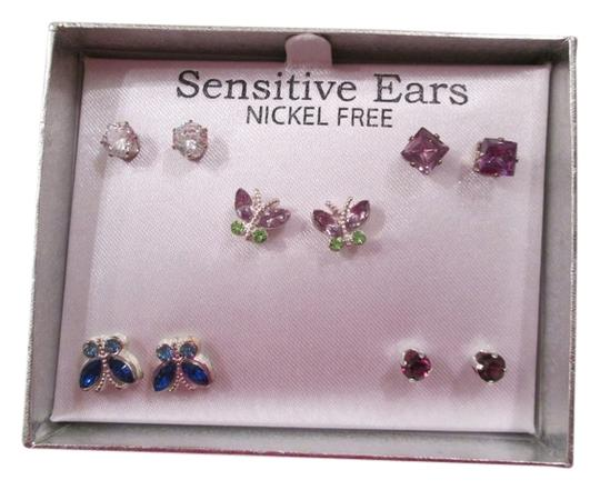 Preload https://img-static.tradesy.com/item/5875213/jcp-clear-lavender-butterfly-etc-jcpenny-pairsbrand-newnever-used-earrings-0-0-540-540.jpg