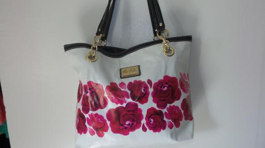 Marc Fisher Tote in White pink and