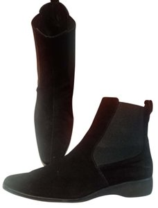 Salvatore Ferragamo Ferragamo Suede Designer Pull On Suede Ankle Suede Leather Black Boots