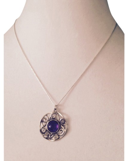 Preload https://item2.tradesy.com/images/purplesilver-necklace-5879686-0-0.jpg?width=440&height=440