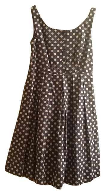 Preload https://item4.tradesy.com/images/knee-length-cocktail-dress-size-2-xs-5879968-0-0.jpg?width=400&height=650