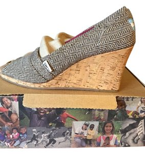 TOMS Ivory Wedding Brown Metallic Herringbone Wedges
